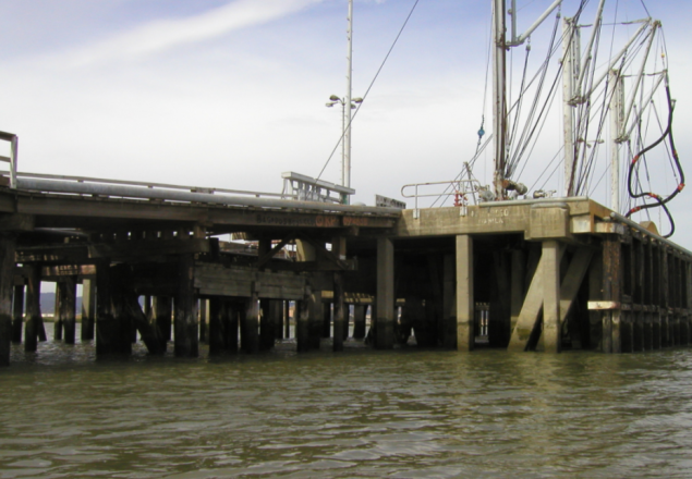 Structural Inspection of Tesoro Golden Eagle Refinery Avonand Amorco Wharves